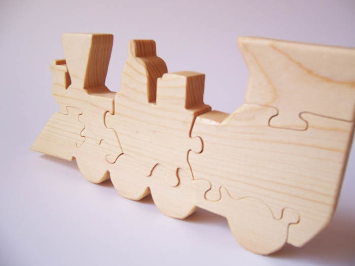 This Cute Hand Made Train Engine Puzzle Measures 10 Long And 4 1 High It Is Out Of Pine Wood Finished With A Polyurithane Coating